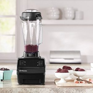 there are some great benefits to buying a blender and making your own fresh juices most importantly you know exactly whatu0027s going into your juices